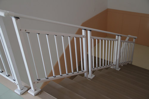 美式楼梯扶手雕花诸头图片大全